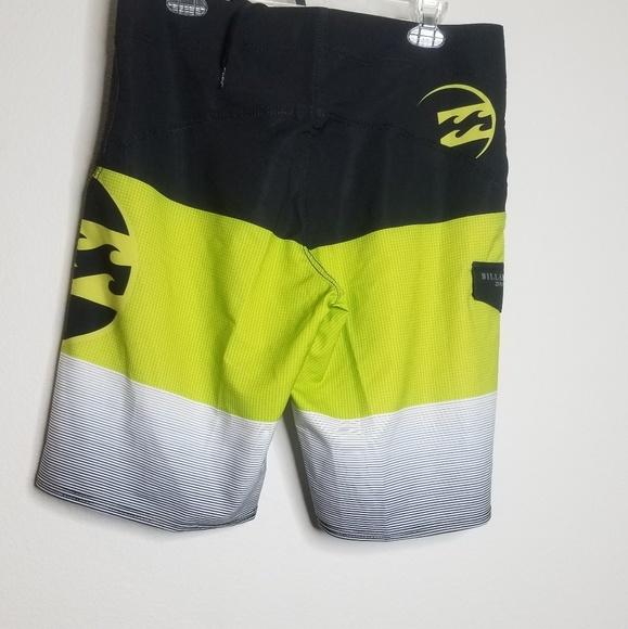 c0b3bf4927 Billabong Swim | Mens Fluid X Boardshorts Green Size 36 | Poshmark